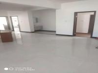 西文综合楼 4室 168㎡ 2200元/月 普通装修